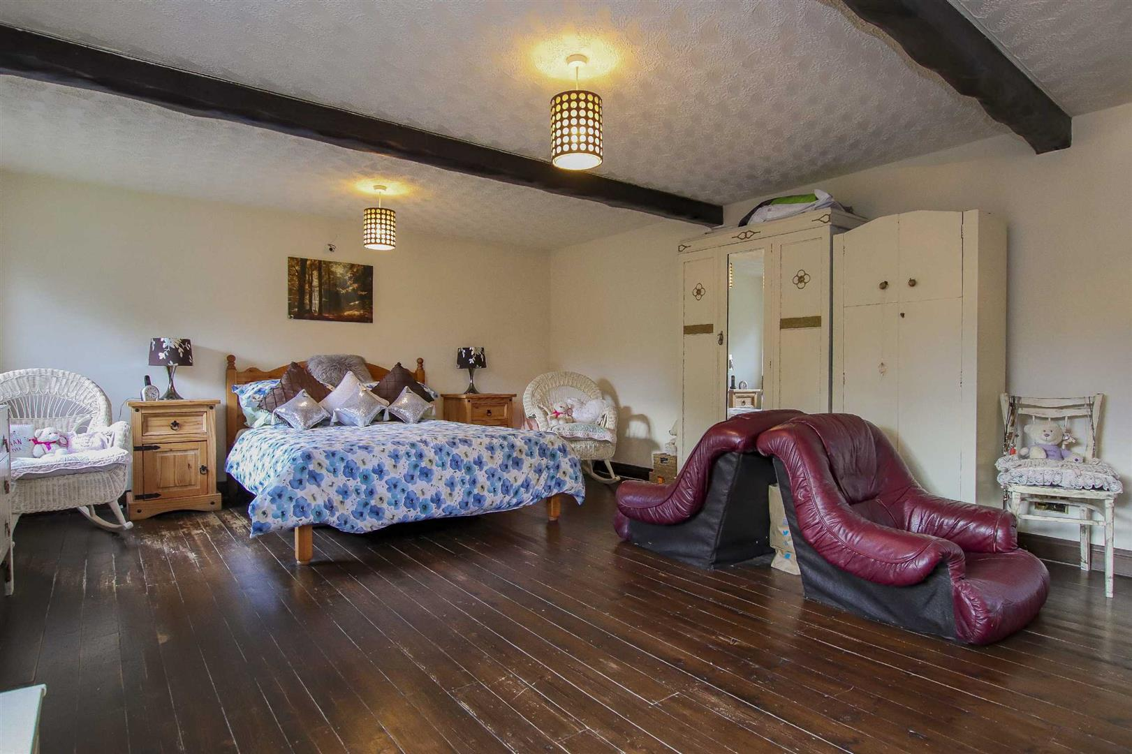 9 Bedroom Barn Conversion For Sale - Image 15